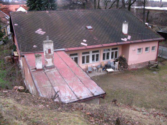 Centrum vzniklo na místě bývalé mateřské školy, která dříve jako modlitebna sloužila