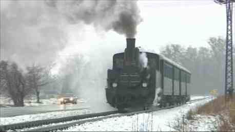 Parní lokomotiva u Rožnova pod Radhoštěm