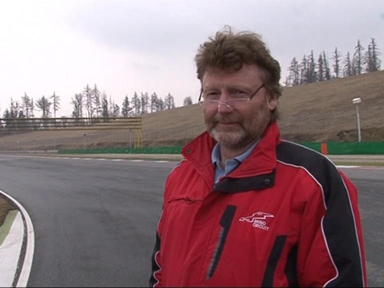 Vedoucí závodní dráhy Josef Kylar