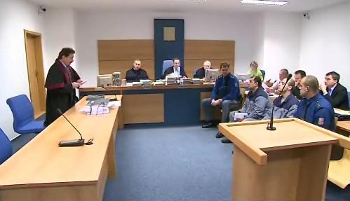 Obžalovaní Alexander Zgyuga a Stanislav Janošovský u soudu