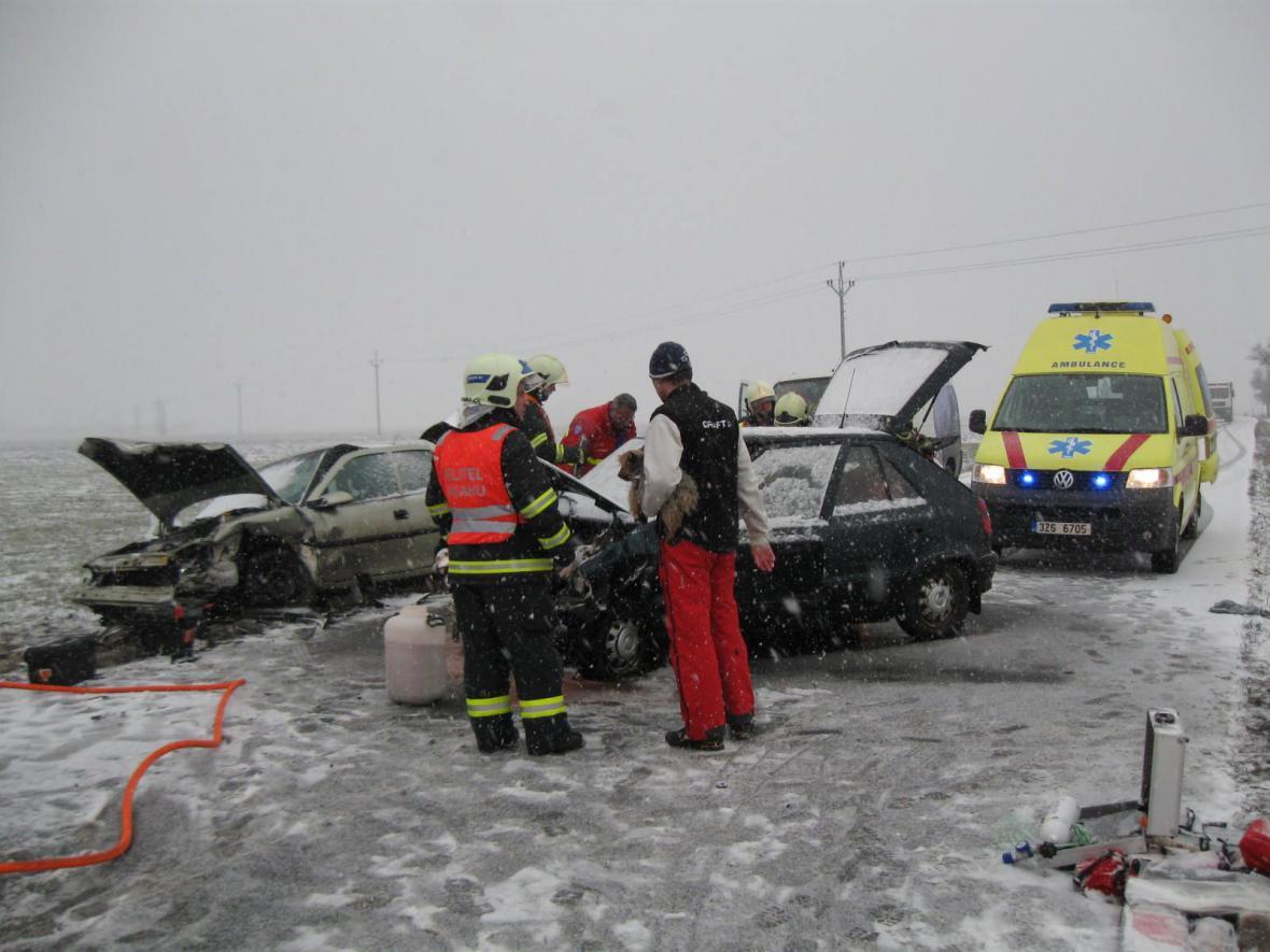 Příčinou ranní nehody ve Zlínském kraji je námraza