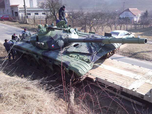 Nehoda tanku u Jestřabic