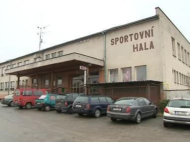 Sportovní hala v Hluku