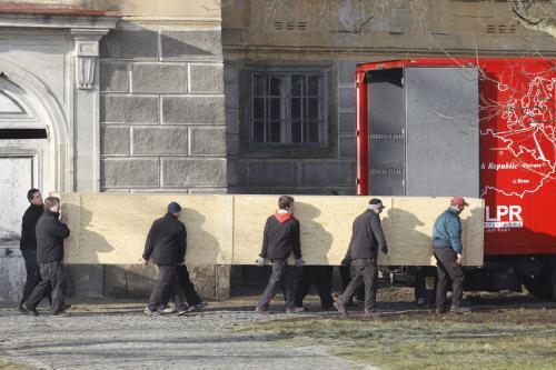 Stěhování Slovanské epopeje