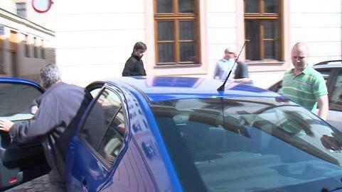 Policie odváží znojemského tajemníka Vladimíra Krejčíře