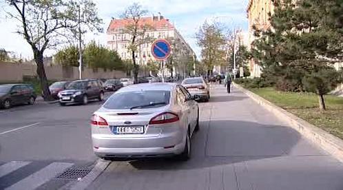 Parkování na chodníku