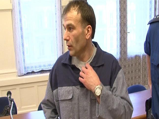 Miroslav Valehrach žádá obnovu procesu