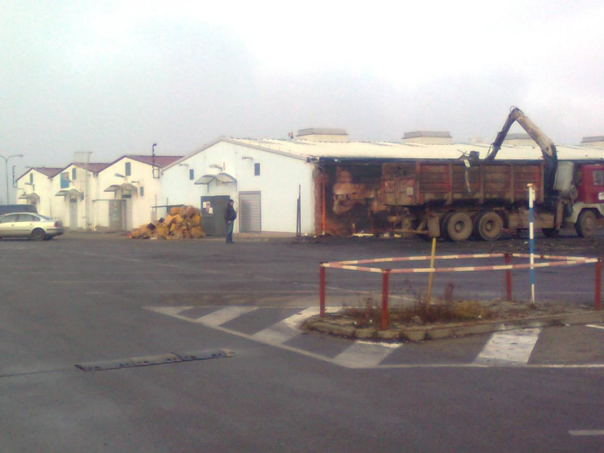Areál vyhořelé tržnice