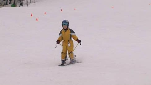 V Olešnici se i přes oblevu lyžuje