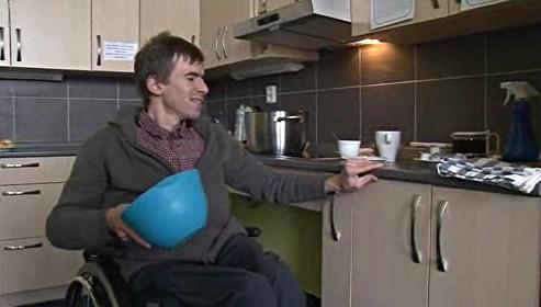 Handicapovaní se v klubu učí také vařit