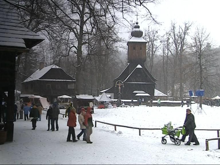Předvánoční jarmark v Rožnově pod Radhoštěm
