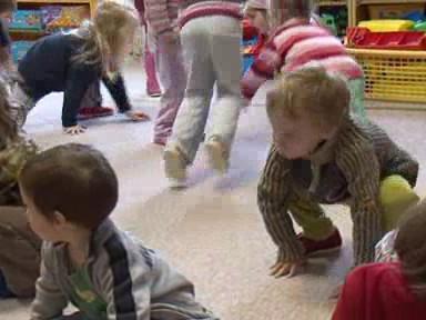 Děti v Arnoldově vile tráví kvůli poruše kotle většinu času pohybovými hrami