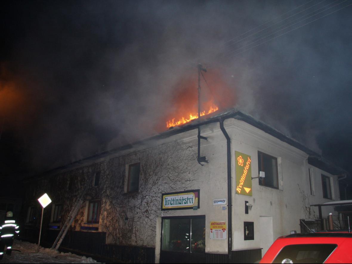 Požár rodinného domu ve Fryštáku