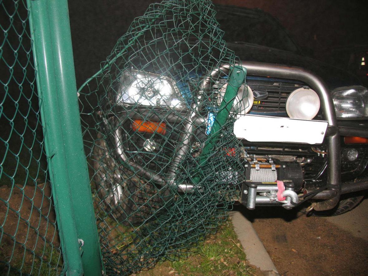 Opilý řidič způsobil nehodu ve Střelicích