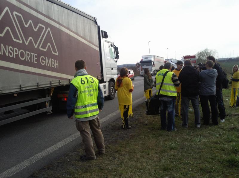 Aktivisté na hraničním přechodu v Mikulově