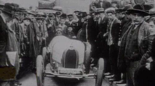 Bugatti - historický snímek