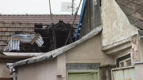 Vyhořelý dům v Maloměřicích