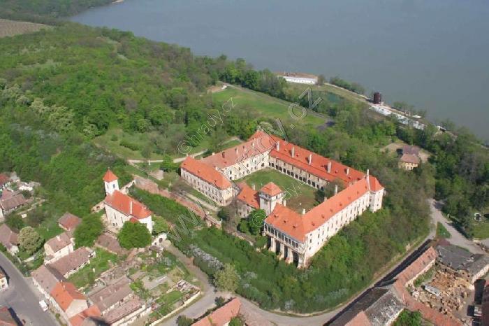 Zámek Jaroslavice