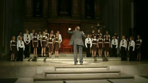 Perličky soutěží se skladbou Ave Maria