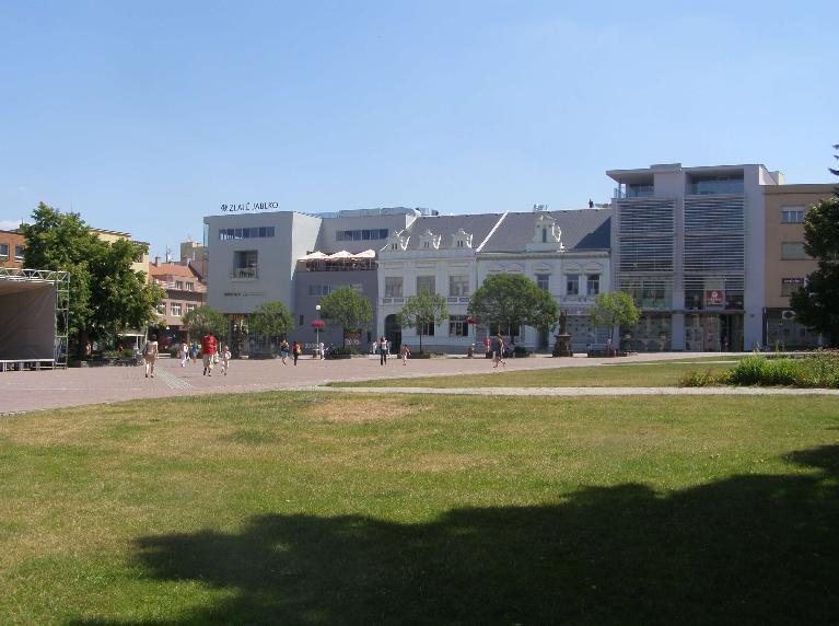 Obchodní centrum Zlaté jablko ve Zlíně