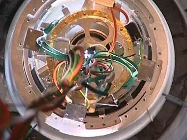Pohled na hodinový stroj uvnitř hodin
