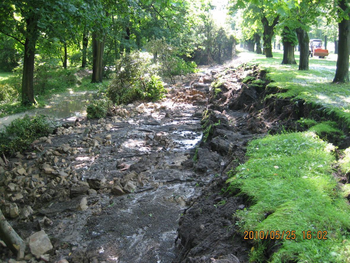 následky přívalového deště ve Slavkově