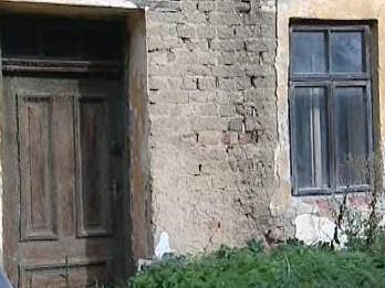 Rozpadající se dům v Rousínově