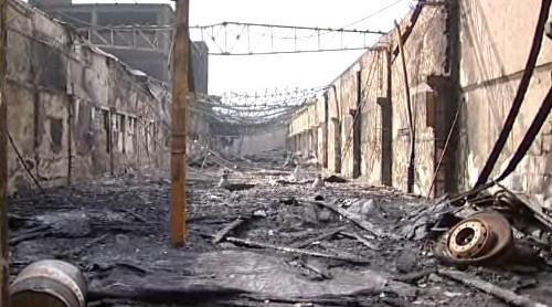 Místo požáru průmyslového areálu v Otrokovicích