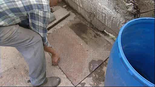 Obyvatelé Tišnova marně čekají na kanalizaci