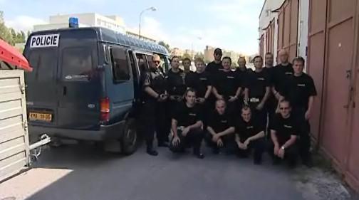 Brněnská policie vyslala do postižených oblastí dvacítku mužů