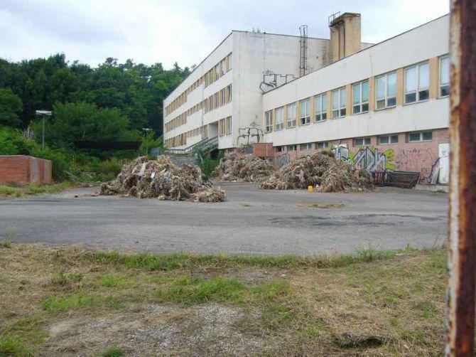 V Hraběticích na Znojemsku našli nelegální skládku odpadu