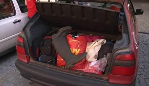 Dobrovolníci se připravují na odjezd do Čech