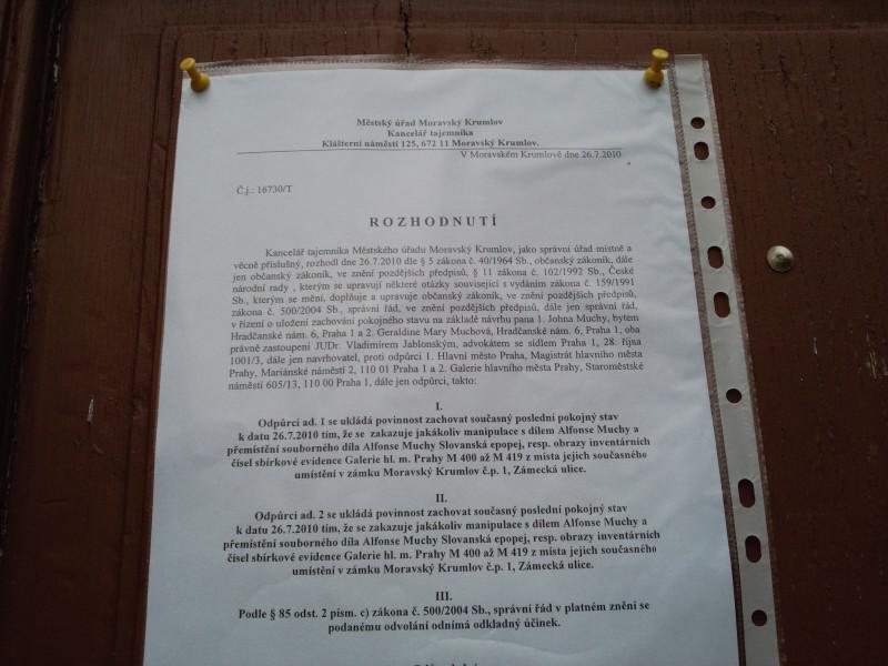 Městský úřad v Moravském Krumlově zakázal manipulaci s epopejí