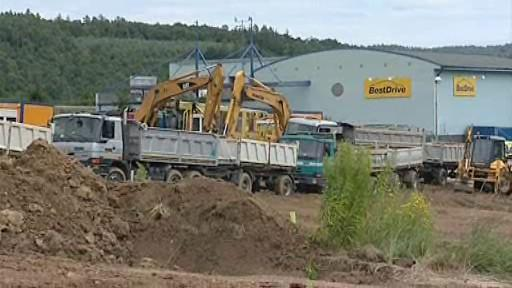 Stavební firmy musely v Ivanovicích zastavit stroje