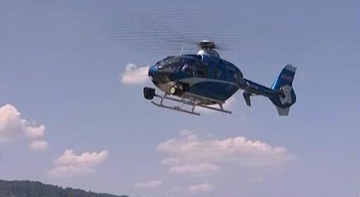 Vrtulník pomáhal chytat nebezpečné řidiče