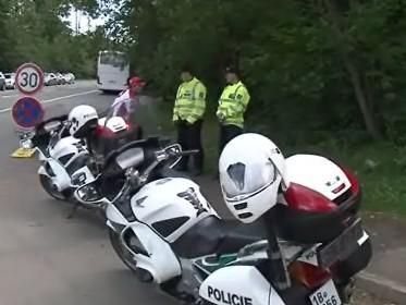 Policejní hlídka při loňském mistrovství světa Superbiků