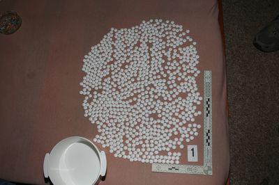 Muž vyráběl v domku v Rajhradicích drogy