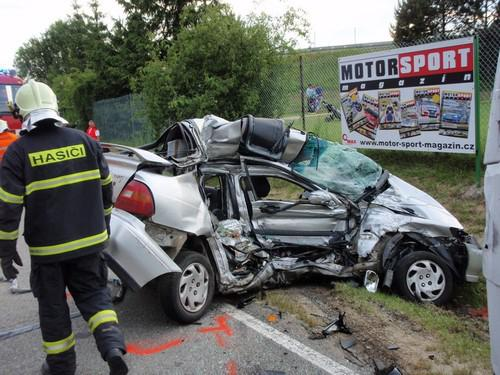 Při nehodě u Masarykova okruhu zemřely dvě dívky
