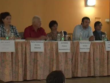 Starostové obcí na schůzi s občany