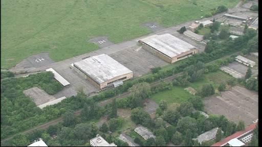 Hangáry na Černovických terasách