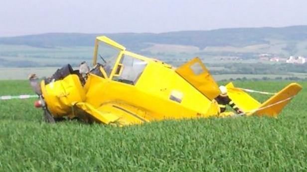 Na Znojemsku se zřítilo práškovací letadlo