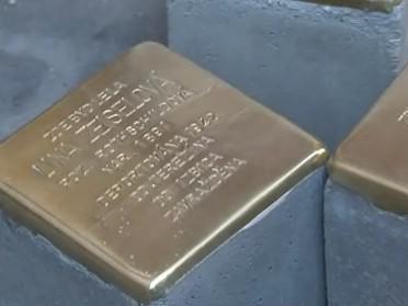 Stolpersteiny - kameny, které mají připomenout oběti holocaustu