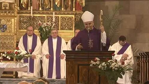 Biskup Vojtěch Cikrle sloužil na Petrově mši za Tomáše Špidlíka