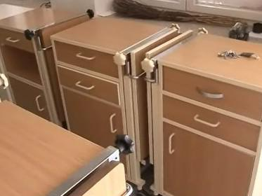 noční stolky pro kyjovskou nemocnici