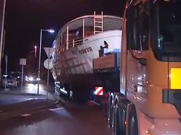 Legendární parník Pionýr opustil v noci na dnešek přístaviště Brněnské přehrady