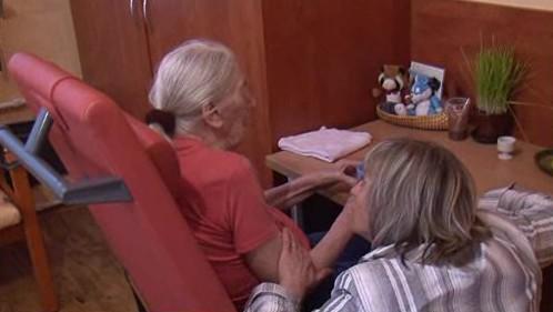 V Brně chybí lůžka pro staré lidi s demencí, trpí tím i rodiny