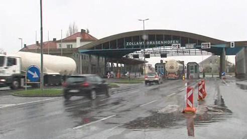 Čeští a rakouští policisté v pohraničí spojili síly