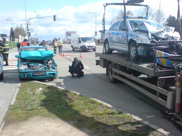 Policejní auto havarovalo v Brně