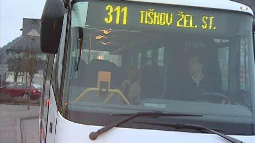 Policie kontrolovala řidiče autobusů