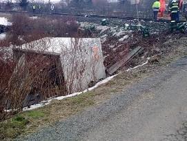 Na Třebíčsku zemřel po srážce s vlakem řidič nákladního auta